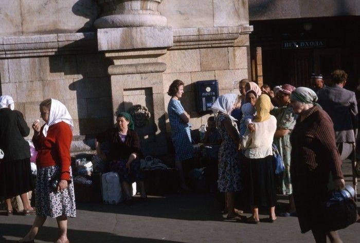 Ранее неопубликованные цветные фотографии времен СССР