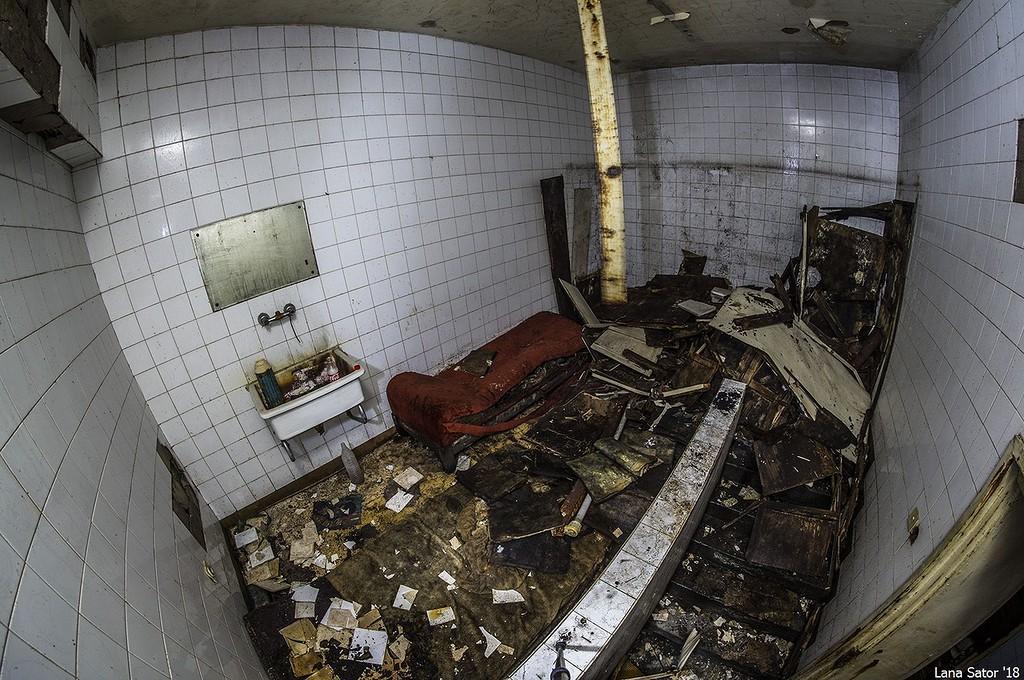 Подземелья мавзолея Георгия Димитрова в Софии