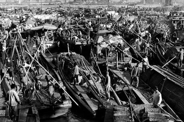Пробки на канале Сучжоу, Китай, декабрь 1948 года