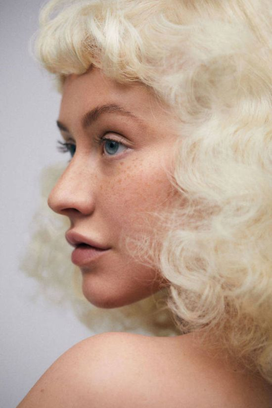 Кристина Агилера без макияжа снялась для обложки Paper magazine