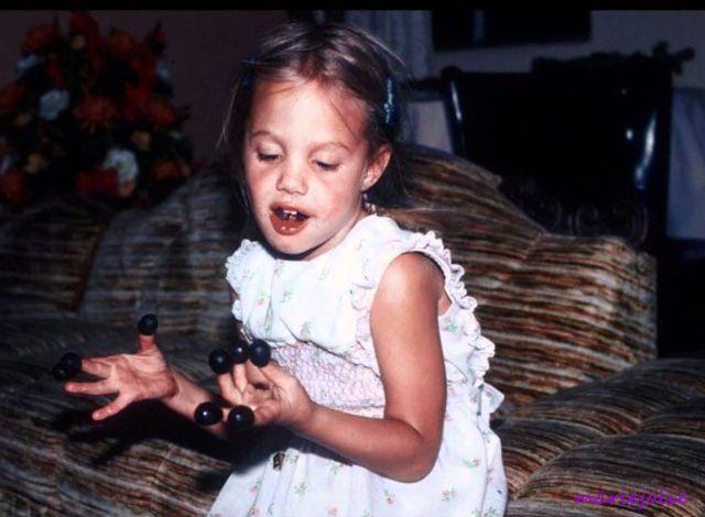 Восхитительные детские фотографии Анджелины Джоли