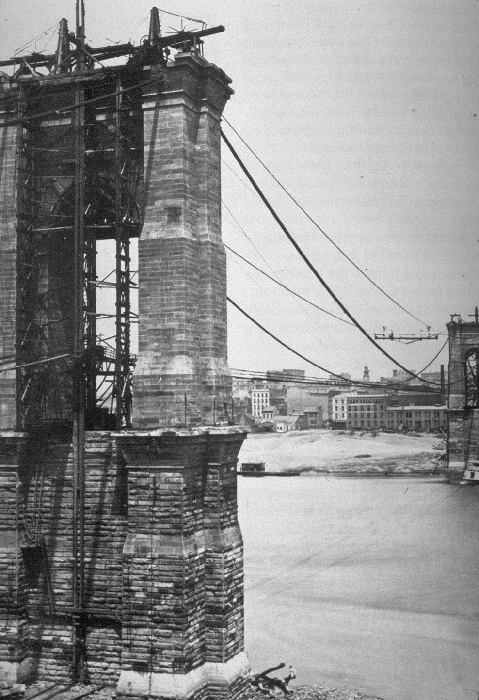 Редкие и удивительные фотографии строительства Бруклинского моста