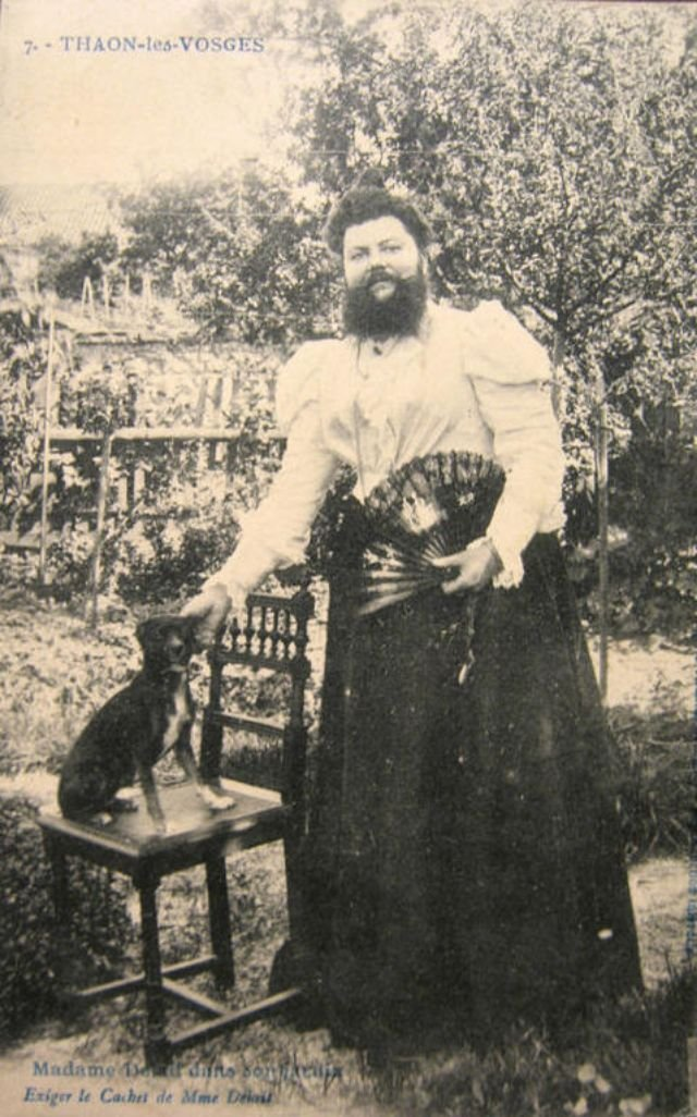 Бородатая женщина Клементина Делейт
