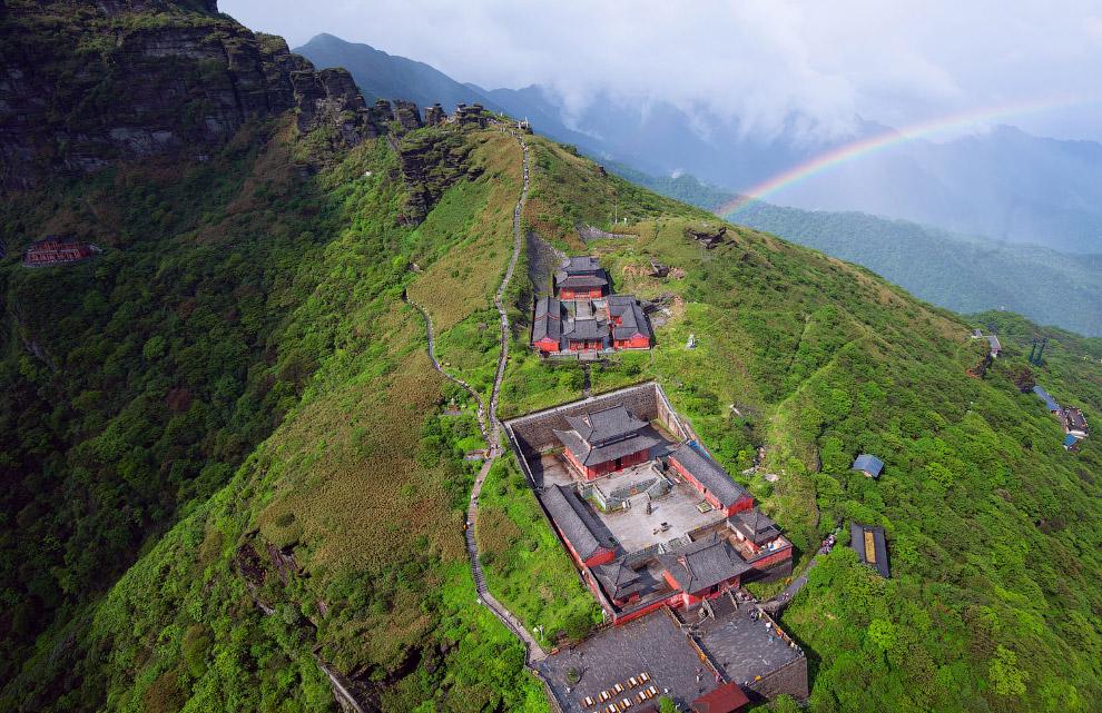 Гора Фаньцзиншань — внесена в список природных объектов ЮНЕСКО