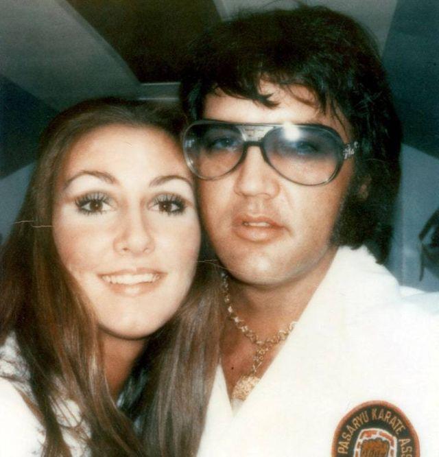 Фотографии Элвиса Пресли и Линды Томпсон во время их романа 1972-1976